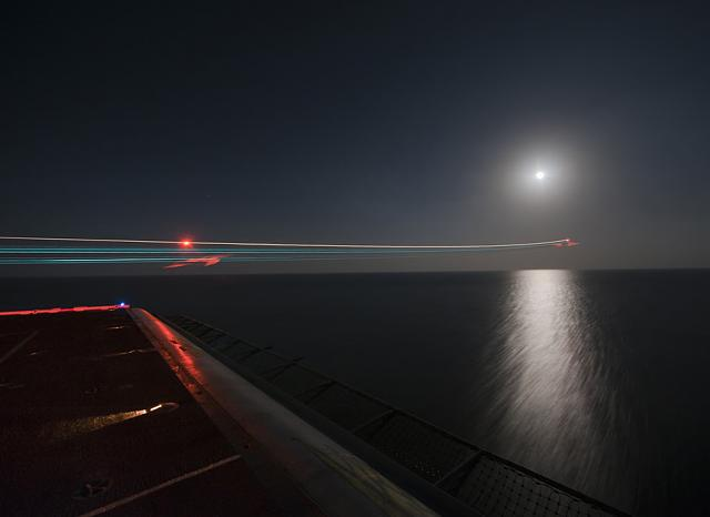 Best photography apps for the playbook?-night-launch-f-18-hornet.jpg