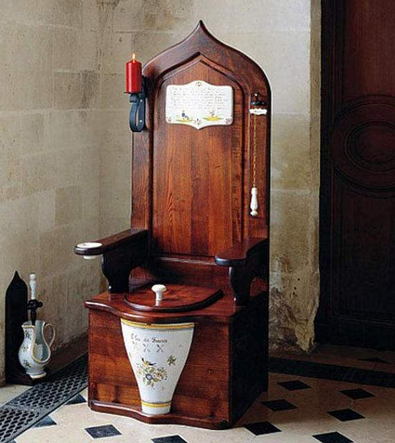 Official nuthin' to do with Playbook hijack thread-dagobert-toilet-throne-2.jpg