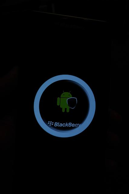 Blackberry Priv - Screen shows White Exclamation Mark-img_20180106_2353312.jpg