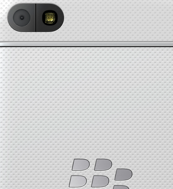 New Q10 in all white - Awesomeness personified-muhq10.png
