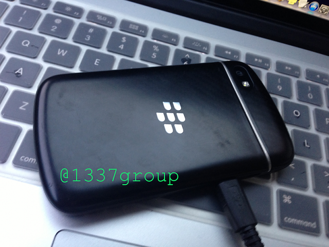 BlackBerry Q10 Prototype pictures / features-img_1171.png