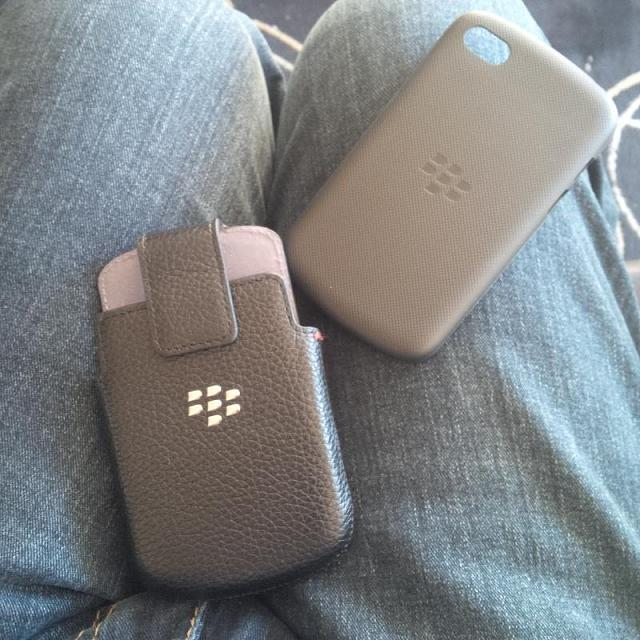 Q10 case with a Q10 holster?-img_00000180.jpg