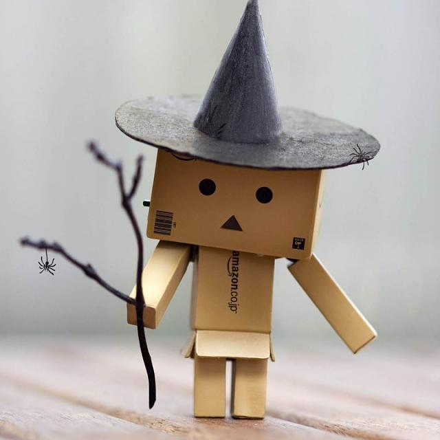 WALLPAPERS!!! - For the love of Q.. [RELOADED]-danbo-halloween-720x720.jpg