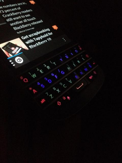 "Remember the old ""Legacy"" modding days?-q10-colored-keyboard.jpg"