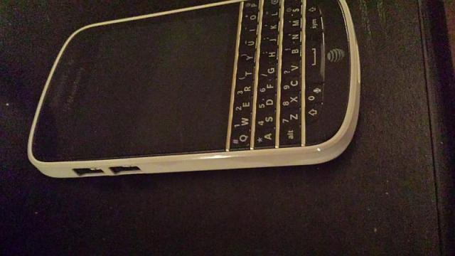 BlackBerry Q10 housing-20141025_220137.jpg