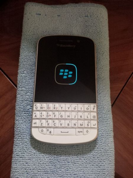BlackBerry Q10 housing-_20.jpg