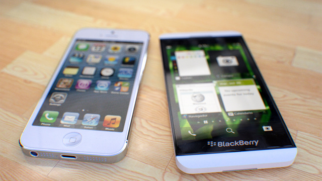 Beautiful Pictures of the Z10 and the X10 with the iPhone 5 (white and black)-nice.jpg