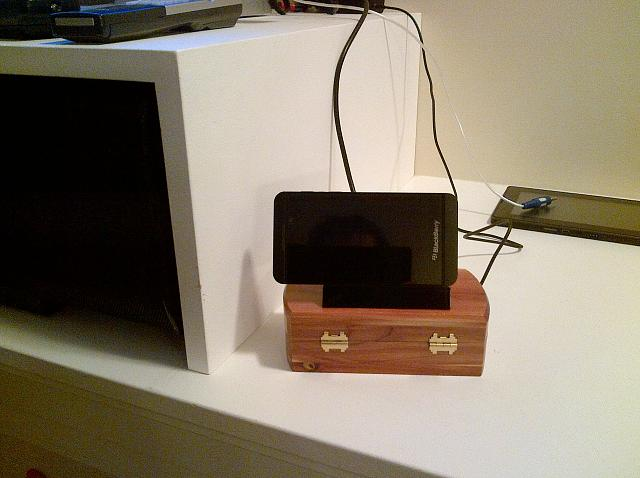 Z10 & Playbook Media Dock-img_00000127.jpg