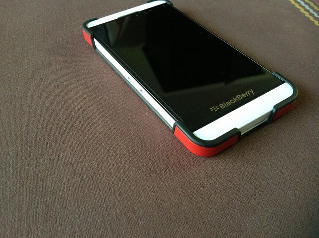 more photos 37b38 9124d My white z10 with red blackberry transform cover - BlackBerry Forums ...