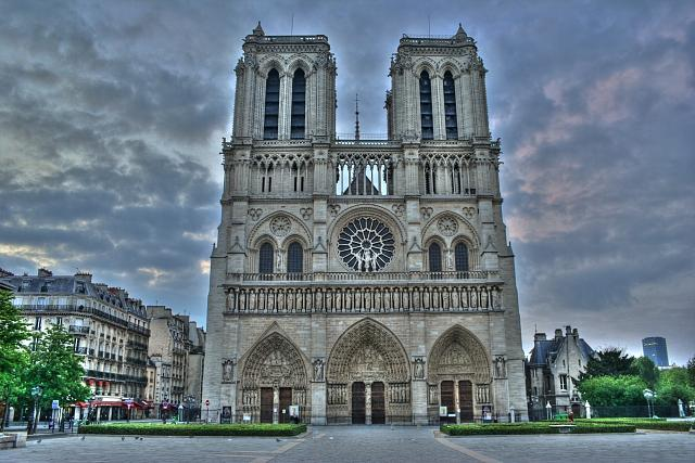 Any HDR photos yet?-notre-dame-hdr-2.jpg