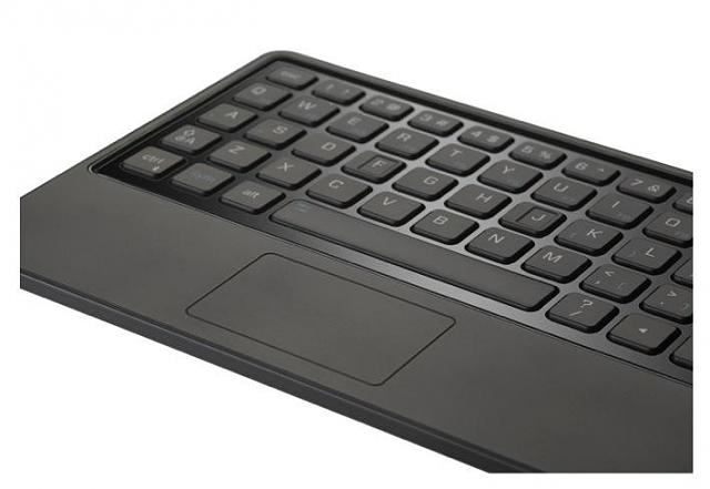 PlayBook Keyboard with the Z10?-keyboard_playbook_topdetail_angle_z.jpg