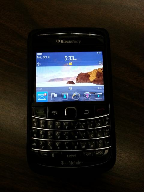 WTS: T-Mobile Blackberry Bold 9700 - 9/10 Condition - Incipio Case - 5-20121009_103450.jpg