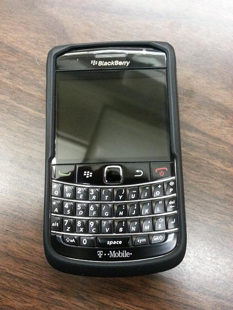 WTS: T-Mobile Blackberry Bold 9700 - 9/10 Condition - Incipio Case - 5-20121009_103553.jpg