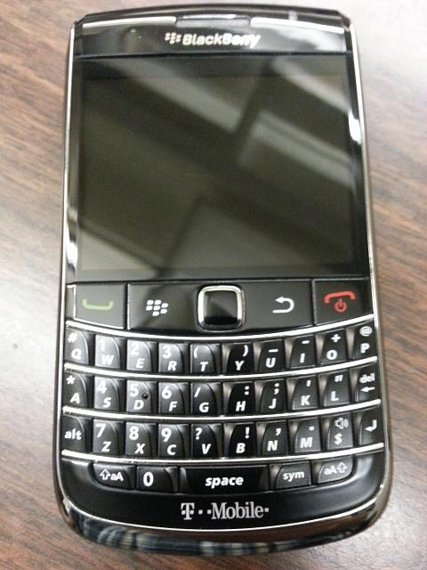 WTS: T-Mobile Blackberry Bold 9700 - 9/10 Condition - Incipio Case - 5-20121009_103845.jpg