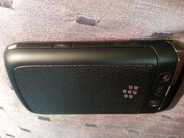 WTS: T-Mobile Blackberry Bold 9700 - 9/10 Condition - Incipio Case - 5-20121028_113215.jpg
