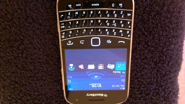 WTS Unlocked Blackberry Bold 9900 with accessories-imag0015_burst002.jpg