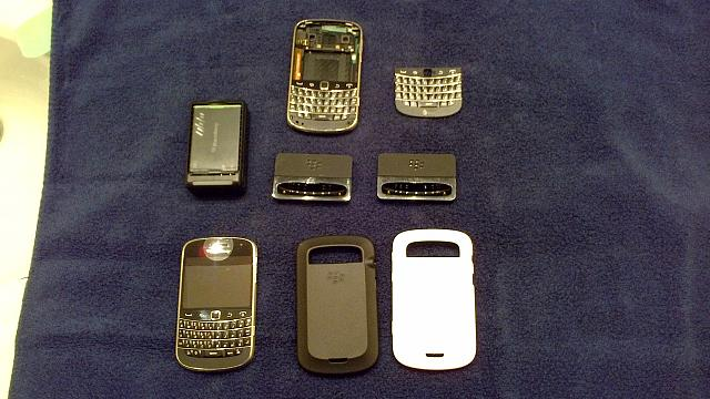 WTS Unlocked Blackberry Bold 9900 with accessories-bold-4.jpg