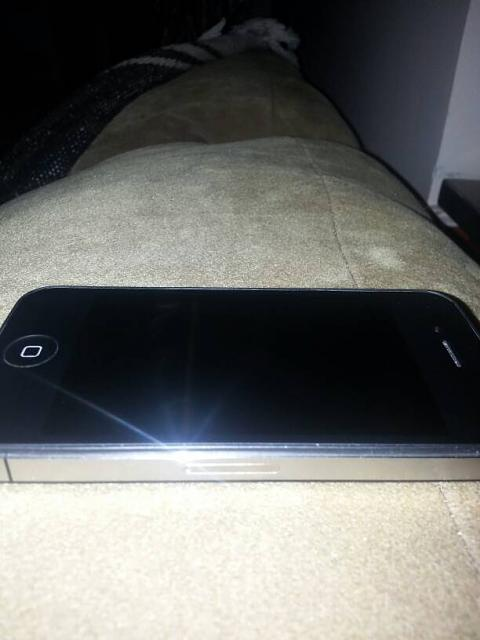 WTS - IPhone 4 8GB AT&T-uploadfromtaptalk1354158547484.jpg