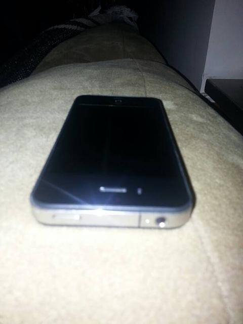 WTS - IPhone 4 8GB AT&T-uploadfromtaptalk1354158563951.jpg
