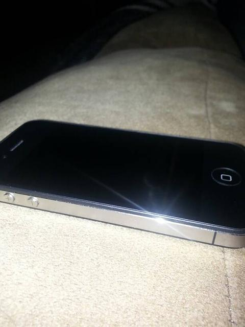 WTS - IPhone 4 8GB AT&T-uploadfromtaptalk1354158623408.jpg