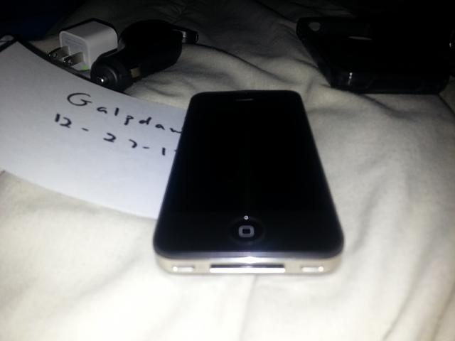 FS: Verizon iPhone 4 16gb Black-20121227_091755.jpg