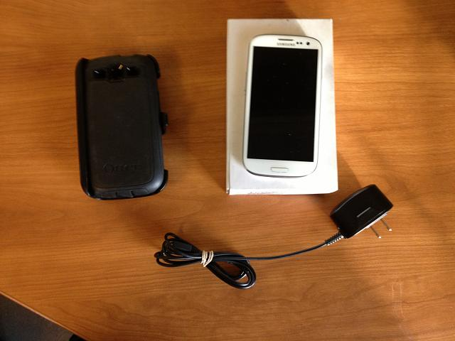 Verizon white galaxy s3 16 gig with otterbox and 6s gig sd card!  Also Nexus 7 8 gb-img_0545.jpg-2-.jpg