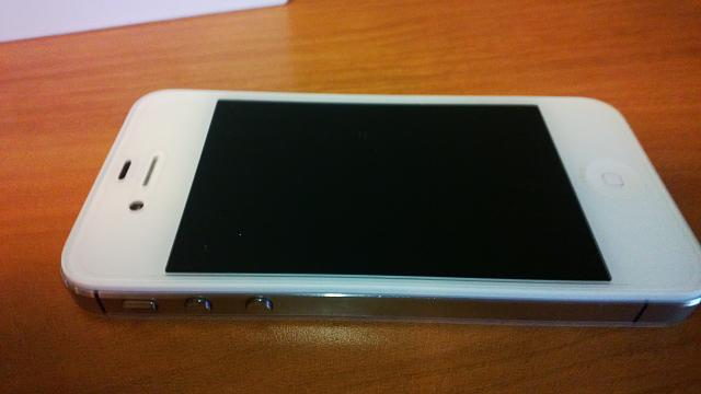 WTS: NEW (refurb) 4s 64 gig from apple store and zaggs hd screen-wp_20130121_003.jpg