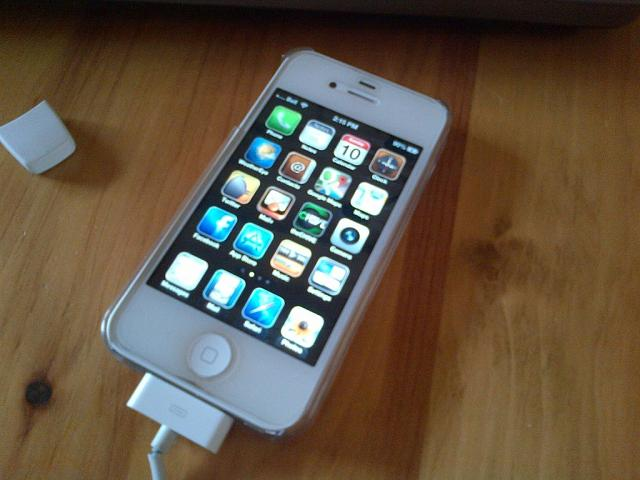 WTS: Bell 16GB white iPhone 4S-imageuploadedbytapatalk1360639039.936928.jpg