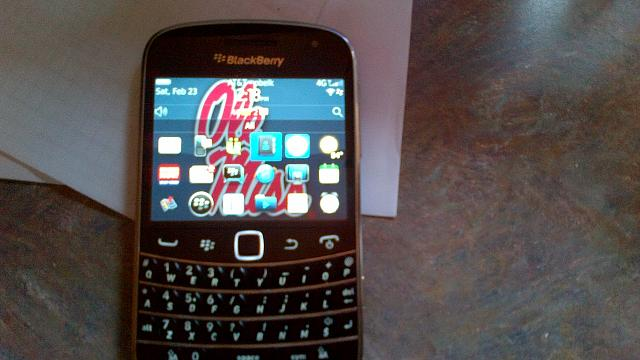 WTT Torch 9860 + OtterBox + Cash for a Bold 9900 (Both ATT)-img_00000018.jpg