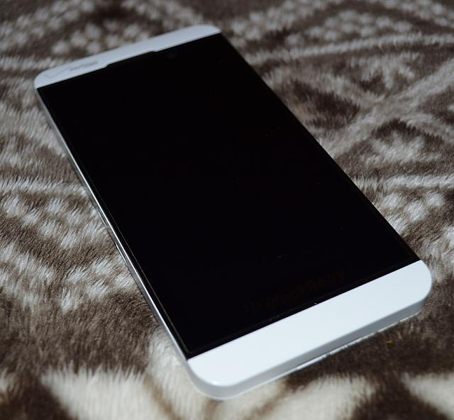 blackberry z10 white verizon - photo #21