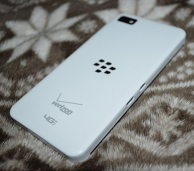 blackberry z10 white verizon - photo #37