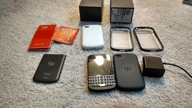 Unlocked Blackberry Q10 with tons of accessories-1396041348356.jpg
