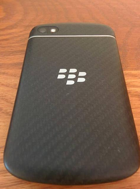 BlackBerry Q10 like-new, AT&T/Unlocked, Charging Bundle, no trades-lh5.googleusercontent.jpg