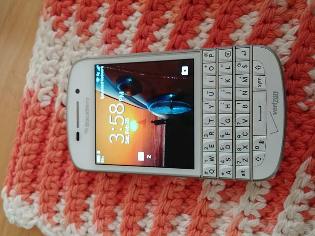 Verizon BB Q 10 WHITE in Utah.-0228151558.jpg