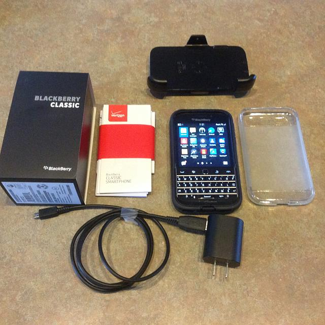 Mint Blackberry Classic (Verizon) w/ extras-blackberry.jpg