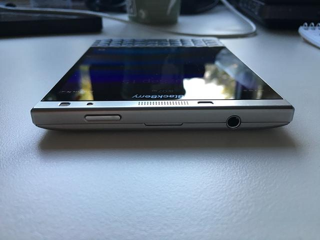 WTS: Blackberry Passport Silver Edition  - 5-5.jpg
