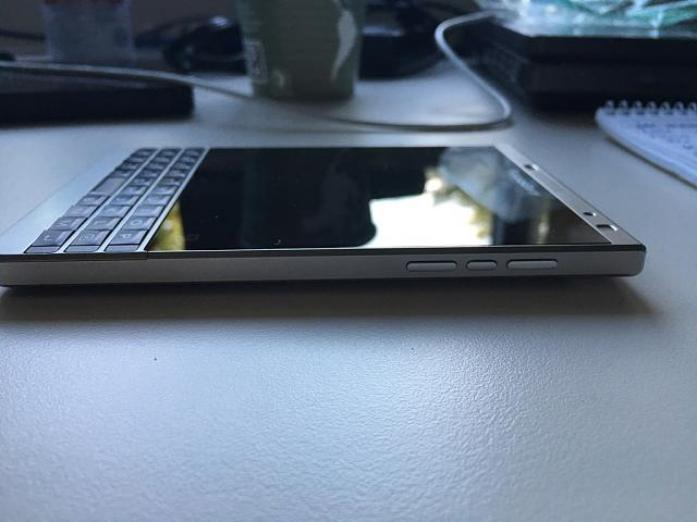 WTS: Blackberry Passport Silver Edition  - 5-6.jpg