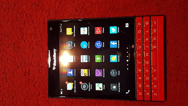 RED BlackBerry Passport (unlocked)-20161013_095803.jpg