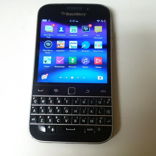 WTS BlackBerry Classic and BlackBerry Z30-img_20170129_224116.jpg
