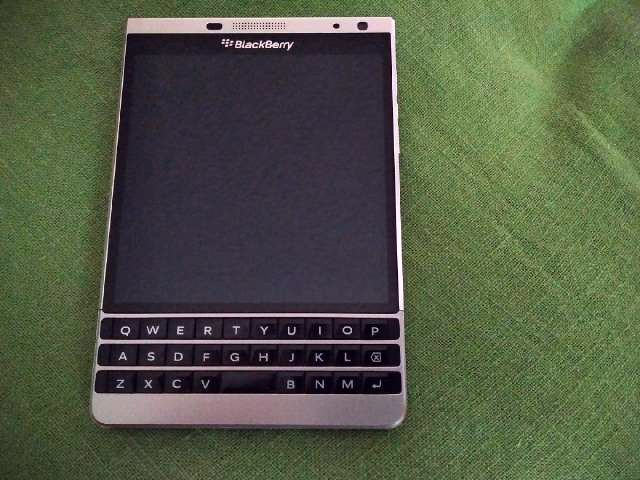 WTS Blackberry Passport Silver Edition - bought from BB direct-img_20170513_1219472_edit.jpg