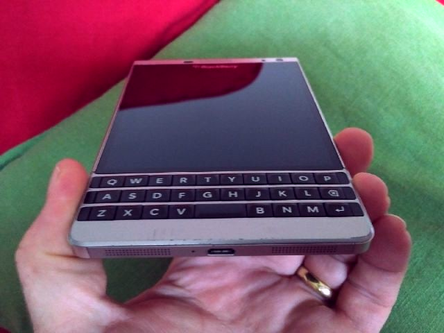 WTS Blackberry Passport Silver Edition - bought from BB direct-img_20170513_1221390_edit.jpg