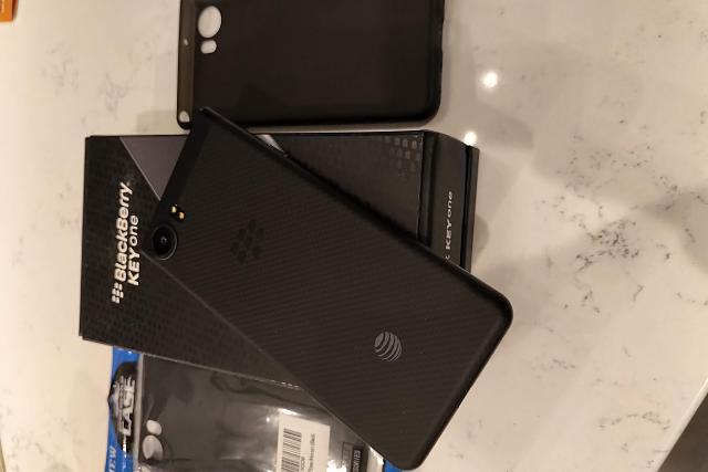 WTS: Black AT&T Blackberry KeyOne Space Black (Mint) + 2 cases-img_20181101_2041040.jpg