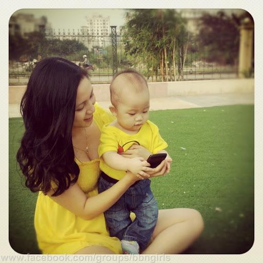 [Contest] Miss BlackBerry Vietnam 2012-u0025255b001-255d-2520hoang-2520linh-2520chi-25202.jpg