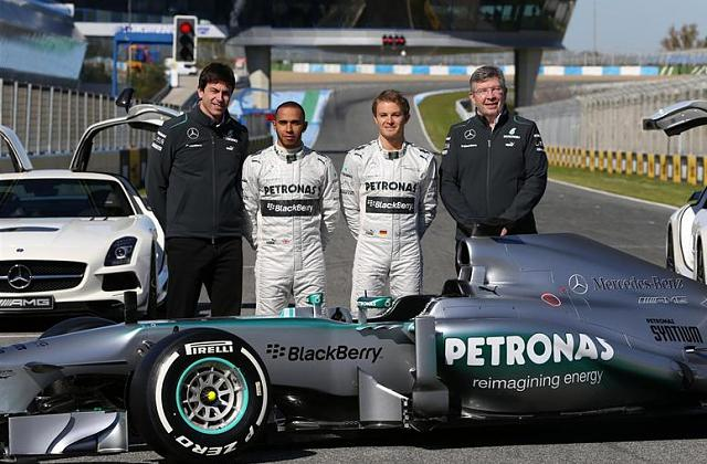 BlackBerry: A new era of marketing-f1-2.jpg
