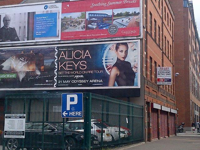 Alicia Keys Belfast concert, no BlackBerry branding-img-20130501-00054.jpg