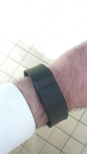 Any success syncing fitness bands with BB10?-img_20141204_085103.jpg