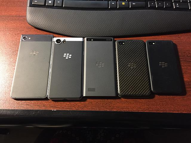 Anyone else happy Blackberry continued the tradition of textured backs?-20190816_033557869_ios.jpg