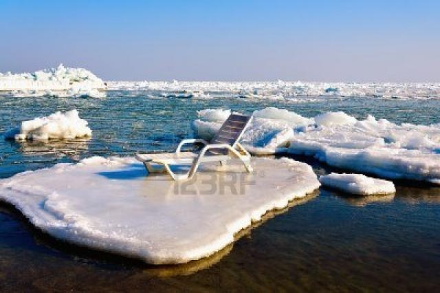 PEEK and Flow-13422153-empty-chaise-lounge-ice-floe.jpg