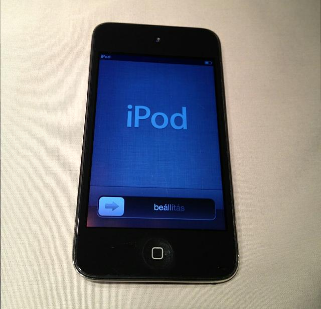 WTS/WTT Apple iPod Touch 4th gen 8GB-photo2.jpg