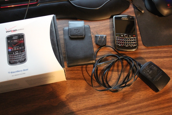 WTS Verizon Wireless Bold 9650 in Very Good condition-img_4083.jpg